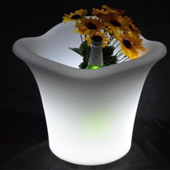 صورة وعاء مضيء - 34 × 27 سم