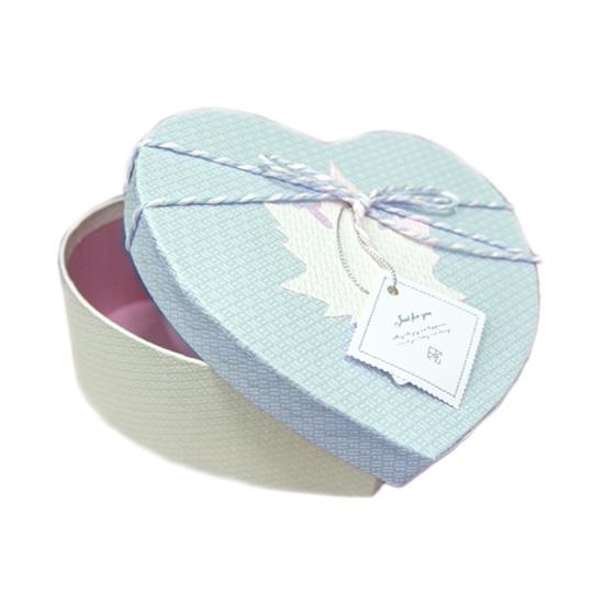 Picture of BLUE & WHITE HEART BOX - CM 22 x 20 x 9cm