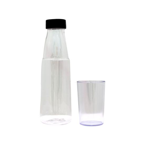 صورة زجاجة مياه رياضية من البلاستيك  - 23 × 6.5 سم