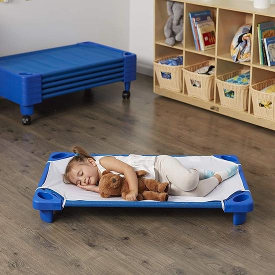 صورة Sleeping Bed - 130 x 58 x 16 Cm